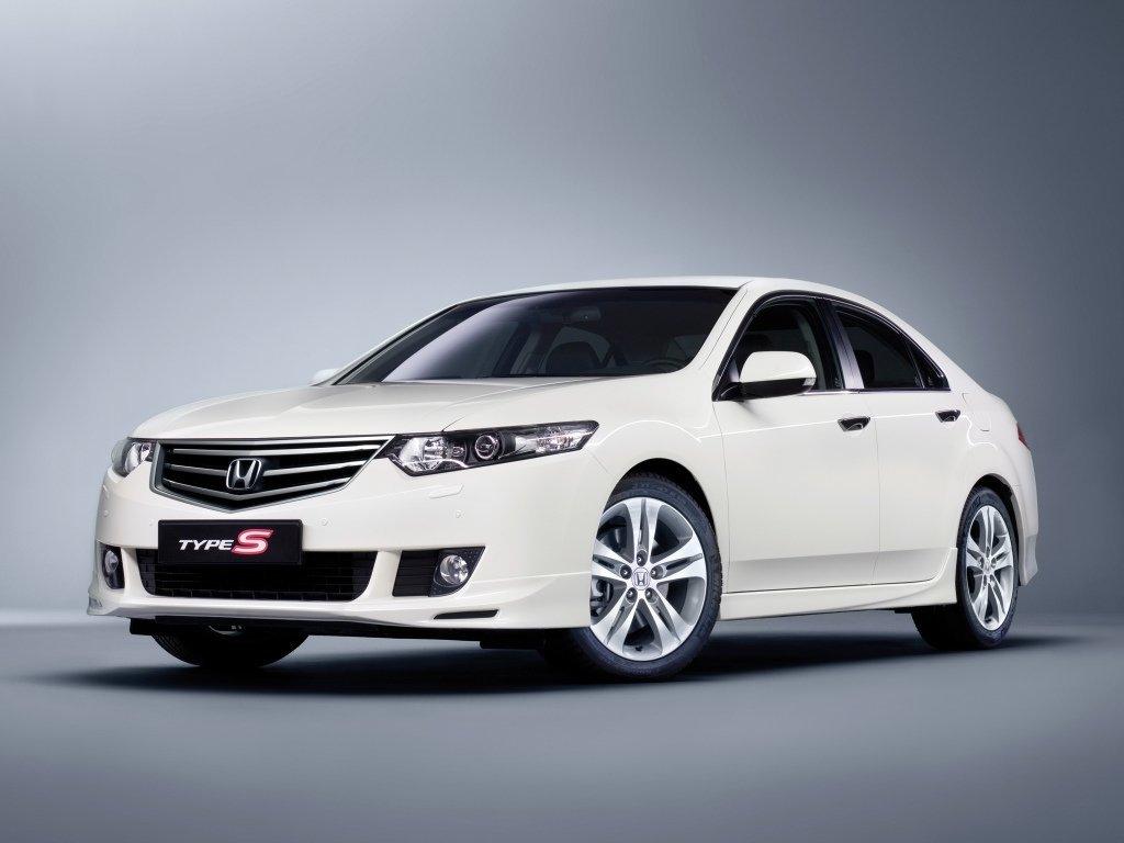 Купить Хонда Аккорд в Новосибирске