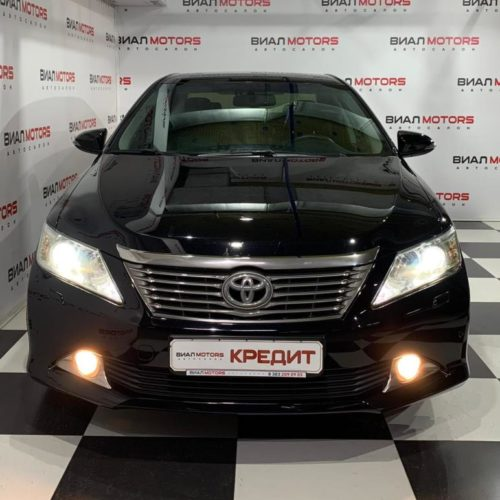 Toyota Camry 3.5 AT (249 л.с.) 2013