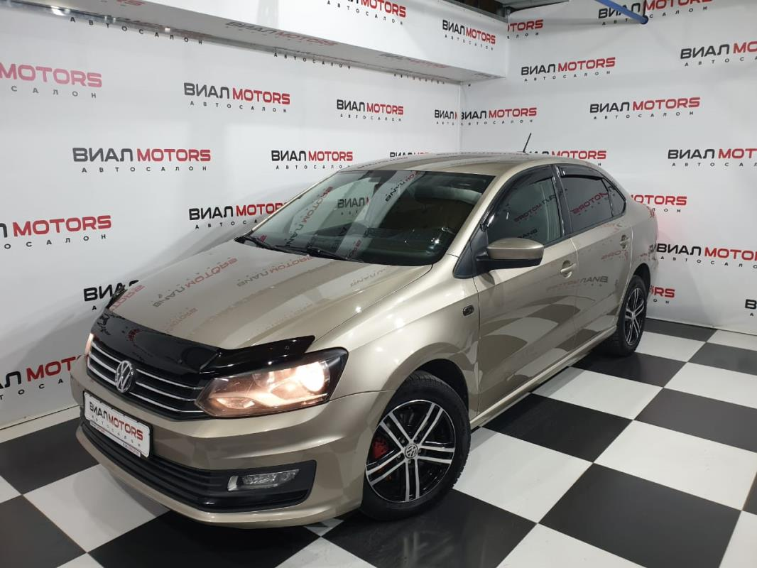 Volkswagen Polo 1.6 AT (110 л.с.) 2016