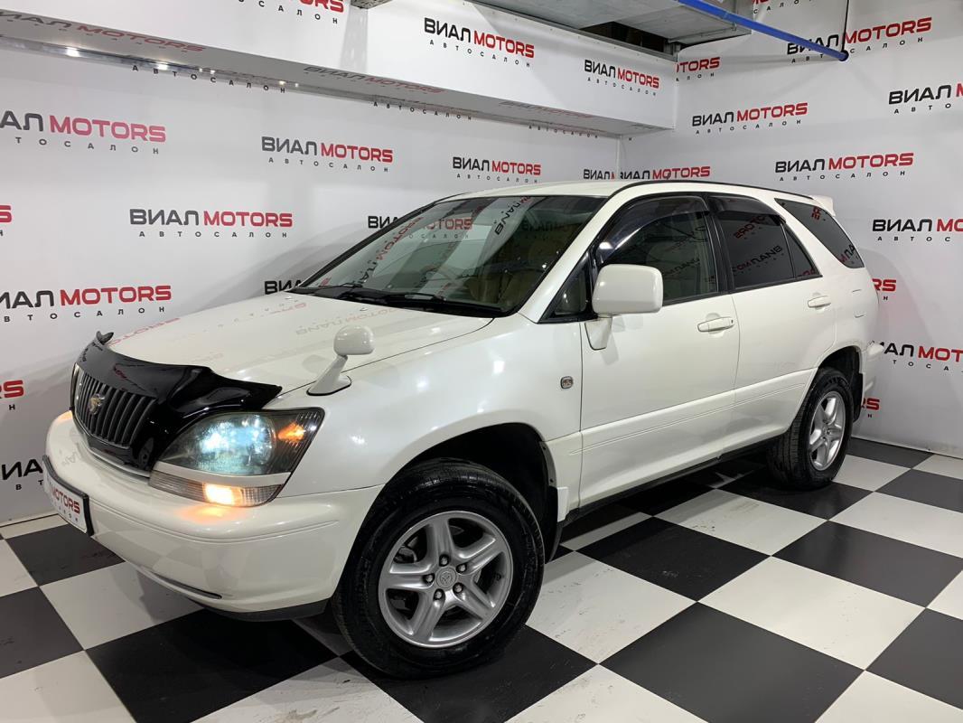 Toyota Harrier 3.0 AT (220 л.с.) 4WD 2000